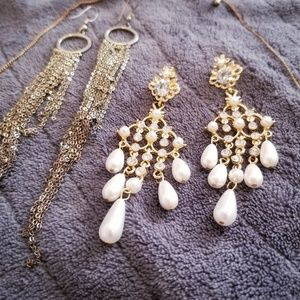 Gold tone earrings+necklace bundle